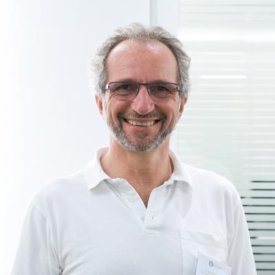 Dr. med. Dirk Esser
